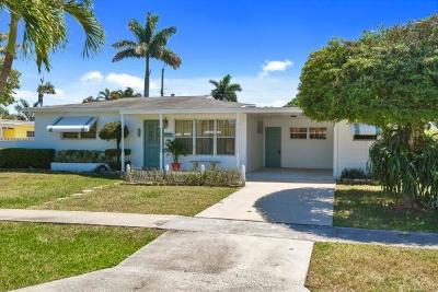 Palm Springs Single Family Home For Sale: 337 E Lake Road