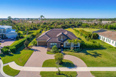 Jupiter Single Family Home For Sale: 8272 SE Red Root Way
