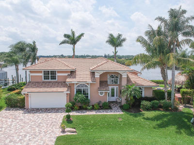 Tequesta Single Family Home For Sale: 8594 SE Water Oak Place