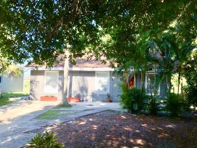 Jupiter Single Family Home For Sale: 17836 Limestone Creek Road