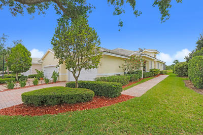 Stuart Single Family Home For Sale: 1552 SE Tidewater Place