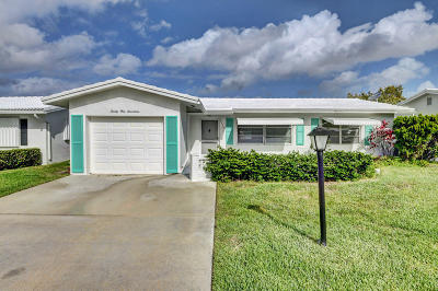 Boynton Beach Single Family Home For Sale: 2117 SW Lake Circle Drive