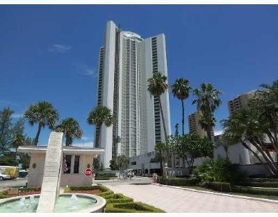 Singer Island Condo For Sale: 3000 Ocean Drive #39h