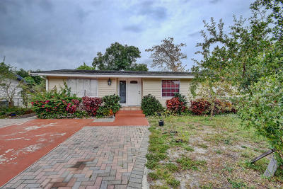 Lake Worth Single Family Home For Sale: 3871 Chickasha Road
