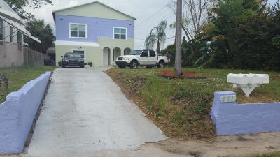 West Palm Beach Multi Family Home For Sale: 411 Nathan Hale Road