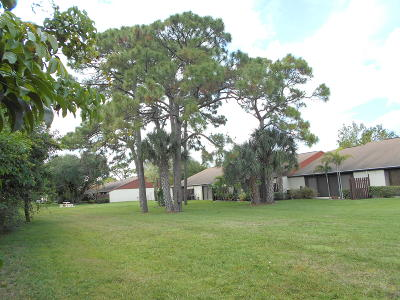 West Palm Beach Single Family Home Contingent: 4919 Sable Pine Circle #B