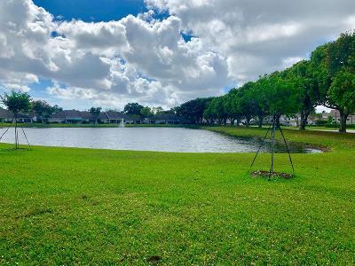 Boca Raton Townhouse For Sale: 9238 Vineland Court #D