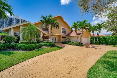 Broward County Single Family Home For Sale: 413 Holiday Drive