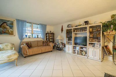 Miami-Dade County Condo For Sale: 3600 NE 170th Street #206