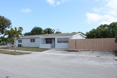 Pompano Beach Single Family Home For Sale: 320 NE 26th Street