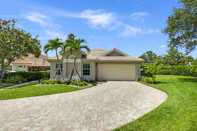 Jupiter Single Family Home For Sale: 3731 Shearwater Drive