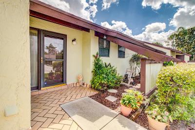Royal Palm Beach Single Family Home Contingent: 277 Beaver Dam Court
