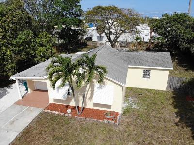 Boynton Beach Single Family Home For Sale: 520 NW 7th Street