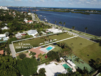 West Palm Beach Single Family Home For Sale: 5200 Essex Court
