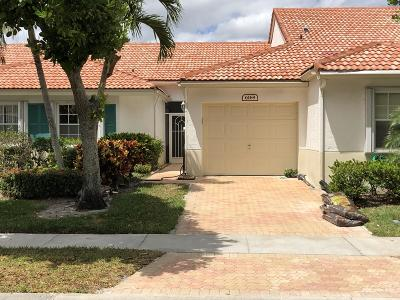 Delray Beach Single Family Home For Sale: 6169 Lake Hibiscus Drive