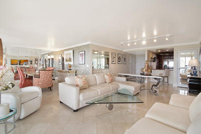 West Palm Beach Condo For Sale: 2400 Presidential Way #1704