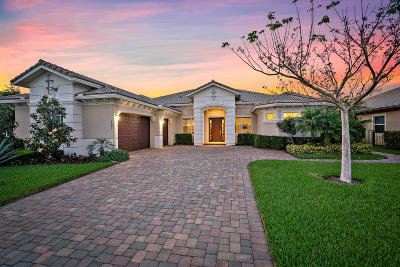 Jupiter Single Family Home For Sale: 167 Manor Circle