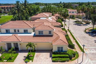 Palm Beach Gardens Townhouse For Sale: 530 Commons Drive