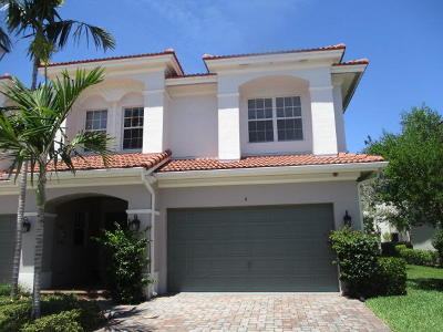 Boynton Beach Townhouse For Sale: 6 Nottingham Place
