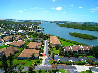 Hutchinson Island Single Family Home For Sale: 3217 S Lakeview Circle #243-B