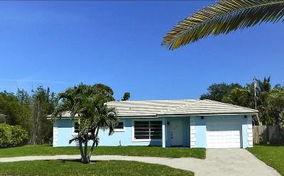 Boca Raton Single Family Home For Sale: 2730 NE 2nd Court