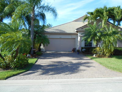 Jensen Beach Single Family Home For Sale: 831 NW Red Pine Way