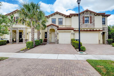 Coconut Creek Townhouse For Sale: 3953 Allerdale Place