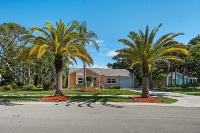 Jupiter Single Family Home For Sale: 18175 Jupiter Landings Drive