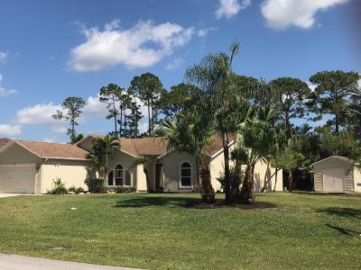 Port Saint Lucie Single Family Home For Sale: 303 SW Columbus Drive