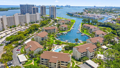 North Palm Beach Condo For Sale: 1133 Marine Way E #I2r