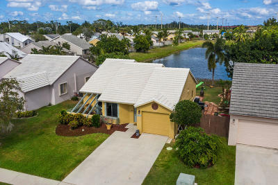 Lake Worth Single Family Home For Sale: 6084 Farmers Place