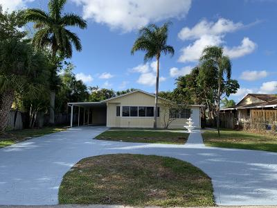 Lake Worth Single Family Home For Sale: 7407 Seabreeze Drive
