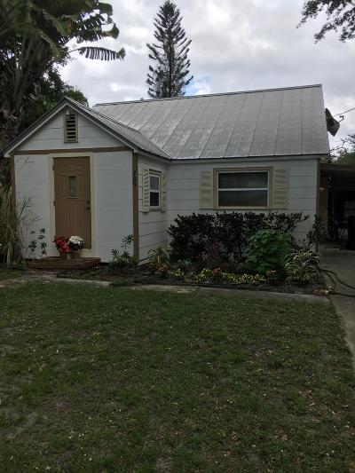 Stuart Single Family Home For Sale: 705 SW Bryant Avenue