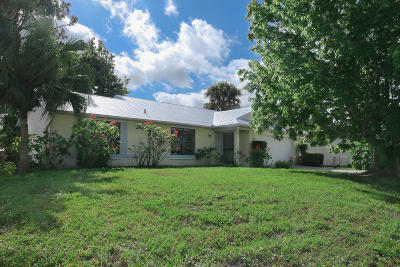 Port Saint Lucie Single Family Home For Sale: 157 NW Carmelite Street