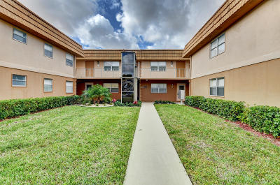 Delray Beach Condo For Sale: 257 Brittany F #257