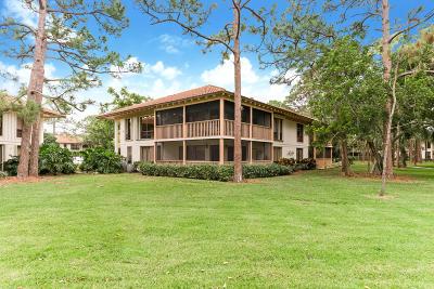 Palm Beach Gardens Condo For Sale: 561 Brackenwood Place
