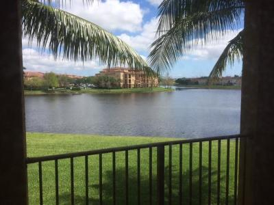West Palm Beach Condo For Sale: 4280 San Marino Boulevard #206