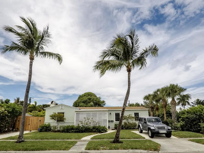 West Palm Beach Single Family Home For Sale: 241 Lakeland Drive