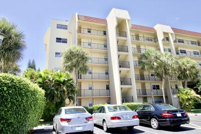 Lake Worth Condo For Sale: 3661 Via Poinciana Drive #501