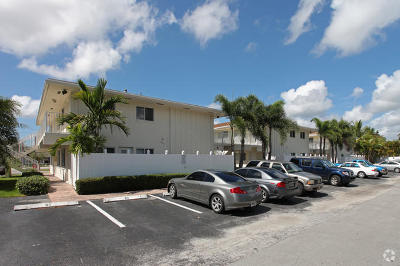 Broward County Condo For Sale: 1848 NE 46th Street #G6