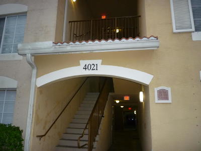 West Palm Beach Condo For Sale: 4021 San Marino Boulevard #307