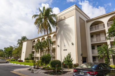 Coconut Creek Condo For Sale: 4602 Martinique Way #B4