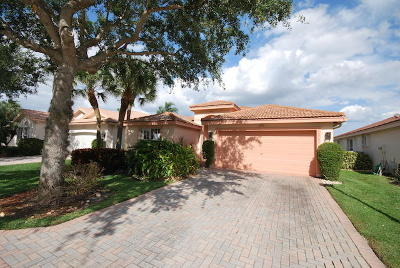 Delray Beach Single Family Home For Sale: 13702 Plaza Mayor Drive