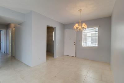 Broward County Condo For Sale: 6505 Winfield Boulevard #B-31