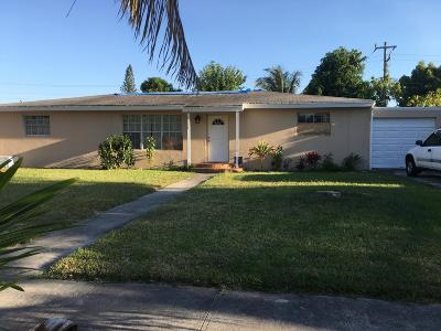 Delray Beach FL Single Family Home For Sale: $242,550