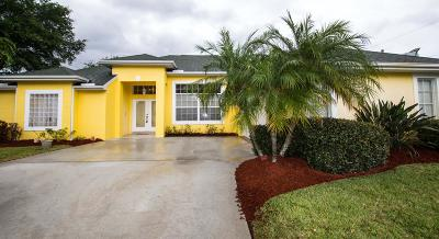 Port Saint Lucie, Saint Lucie West Single Family Home For Sale: 2701 SE Brevard Avenue