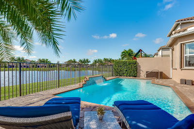 Boynton Beach Single Family Home For Sale: 11676 Mantova Bay Circle