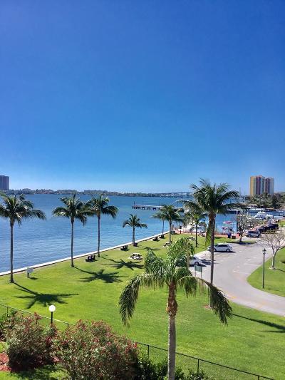 Palm Beach County Condo For Sale: 301 Lake Shore Drive #407