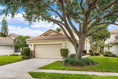 Palm Beach County Single Family Home For Sale: 4895 Sherwood Forest Drive