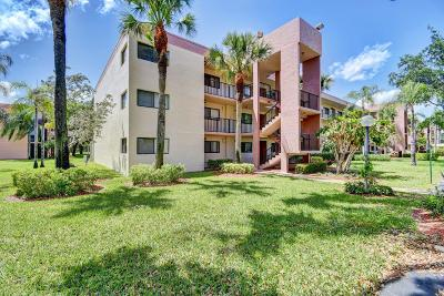 Delray Beach Condo For Sale: 15461 Pembridge Drive #301